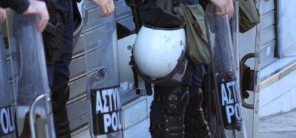 Athènes durcit ses lois sur les réfugiés